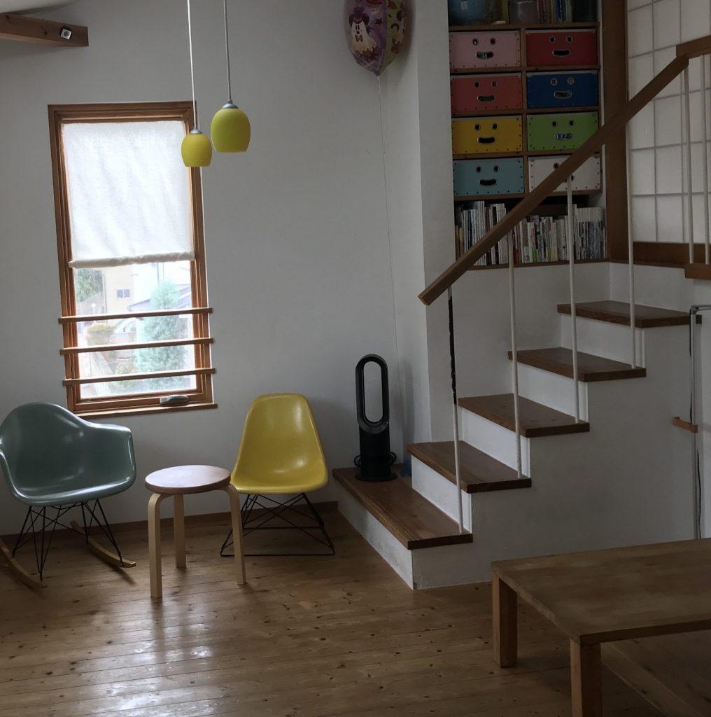 階段の手すりの縦の棒
